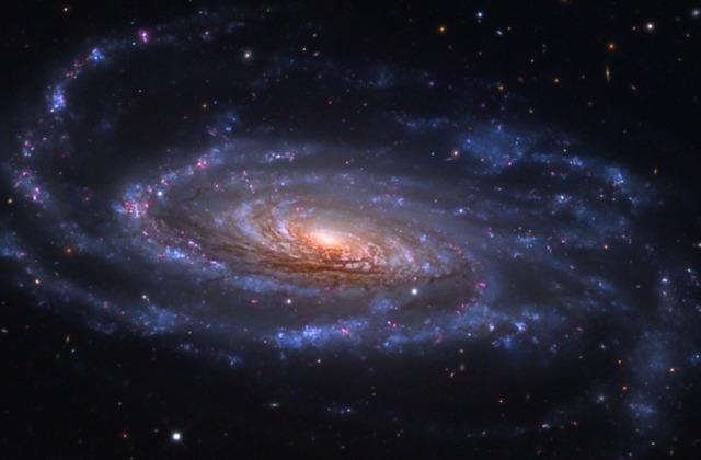 صورة التقطتها ناسا لمجرة Island Universe N5033 والتي تشبه مجرتنا بشكل كبير - الاعجاز العلمي في القران الكريم